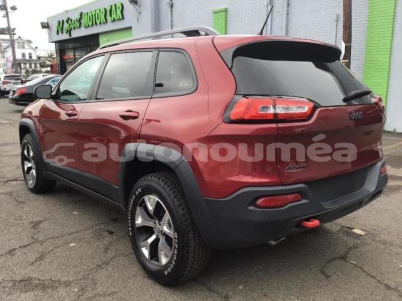 Big with watermark 2014 jeep 2
