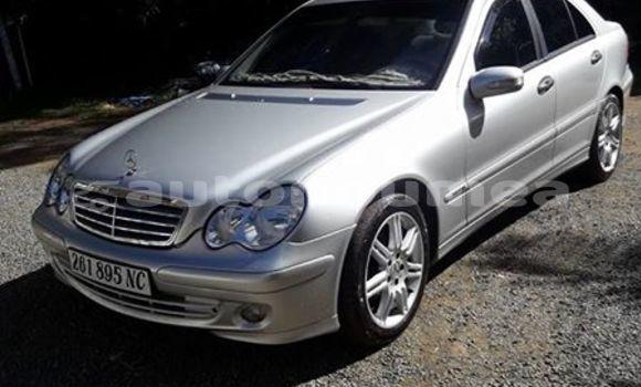 Acheter Occasion Voiture Mercedes-Benz C–Class Autre à Pouebo, Nord