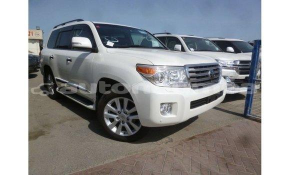 Acheter occasion voiture peugeot 208 blanc à noumea, sud ...