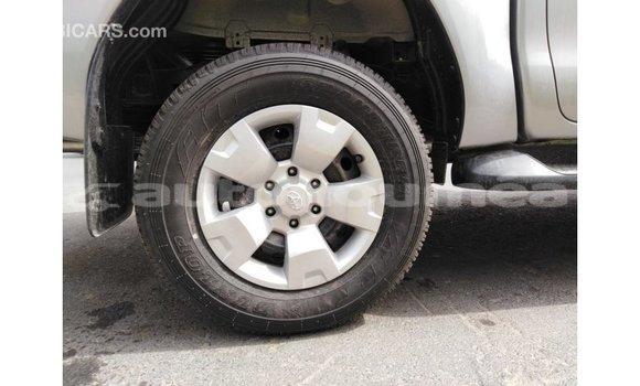 Acheter Importé Voiture Toyota Hilux Autre à Import - Dubai, Iles