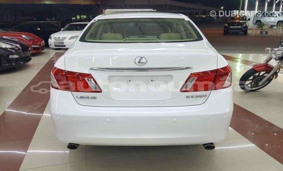 Acheter Importé Voiture Lexus ES Blanc à Import - Dubai, Iles