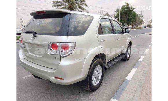 Acheter Importé Voiture Toyota Fortuner Autre à Import - Dubai, Iles