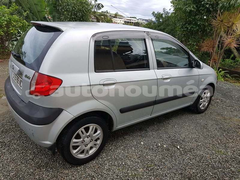 Big with watermark hyundai getz sud noumea 3779