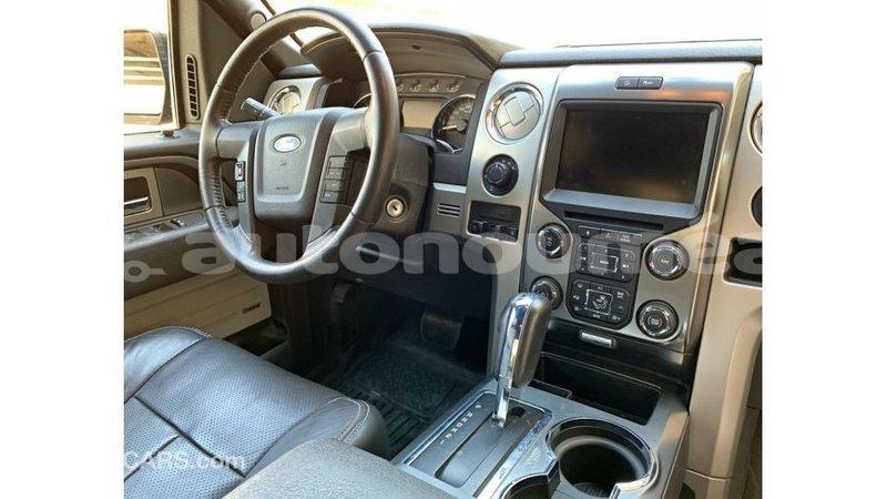 Big with watermark ford club wagon iles import dubai 4049