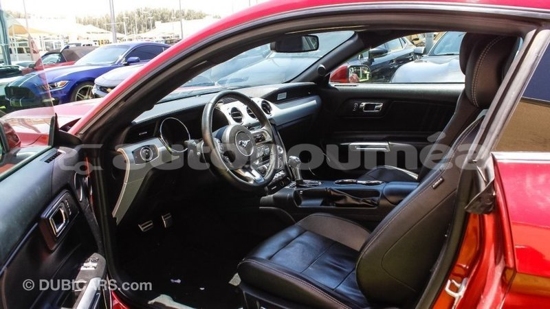 Big with watermark ford mustang iles import dubai 4107
