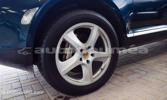 Acheter Importé Voiture Porsche Cayenne Vert à Import - Dubai, Iles